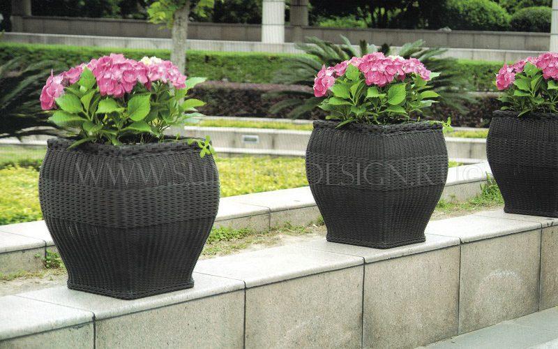 Square это кашпо из искусственного ротанга для цветов и растений!