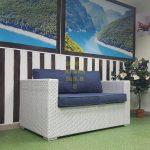 Фото -Белый диван плетеный Louisiana Sunlinedesign